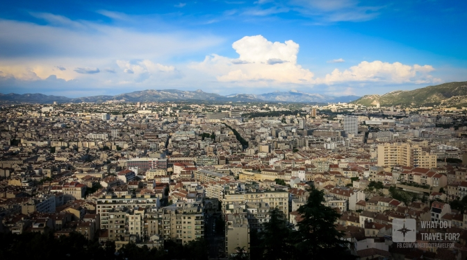 Vista do topo da colina na Basilica Notre-Dame de la Garde.